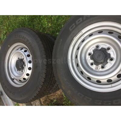 Ford Ranger 16 acélfelni és négyévszakos gumi szett (keveset használt)